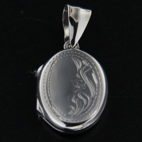 Stříbrný přívěs